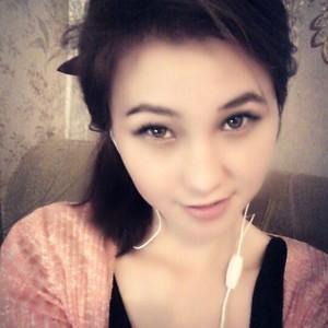 Lora_Lee_