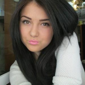 Anne_kiss
