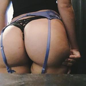 Slutty_Kittyx