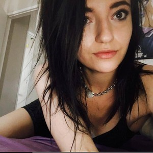 Emma__Foxxx